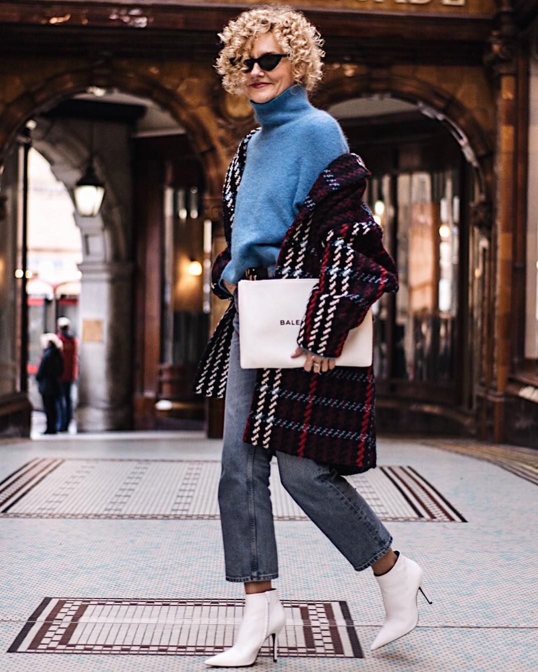 Модные блогеры рассказали о своих любимых вещах-Фото 1