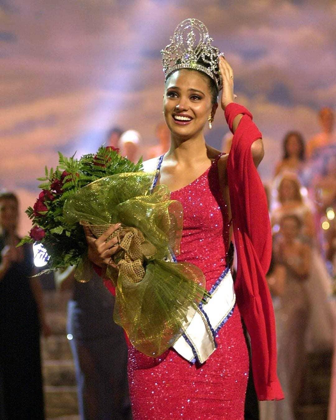Узнайте, кто стал Мисс Вселенная в год вашего рождения-Фото 23