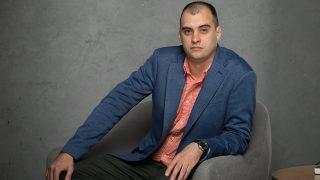 Андрей Болонин: как неэффективные убеждения мешают девушкам быть счастливыми-320x180