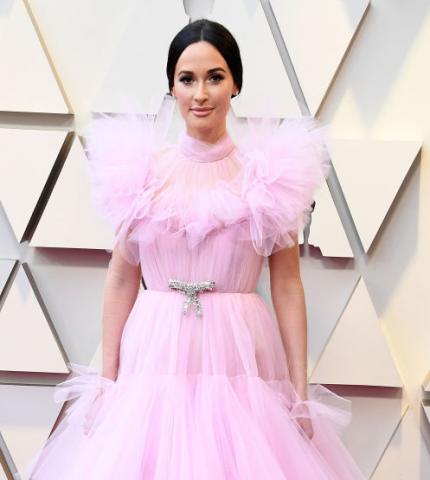 Бывало и получше: Самые неудачные образы на церемонии «Оскар 2019»-430x480