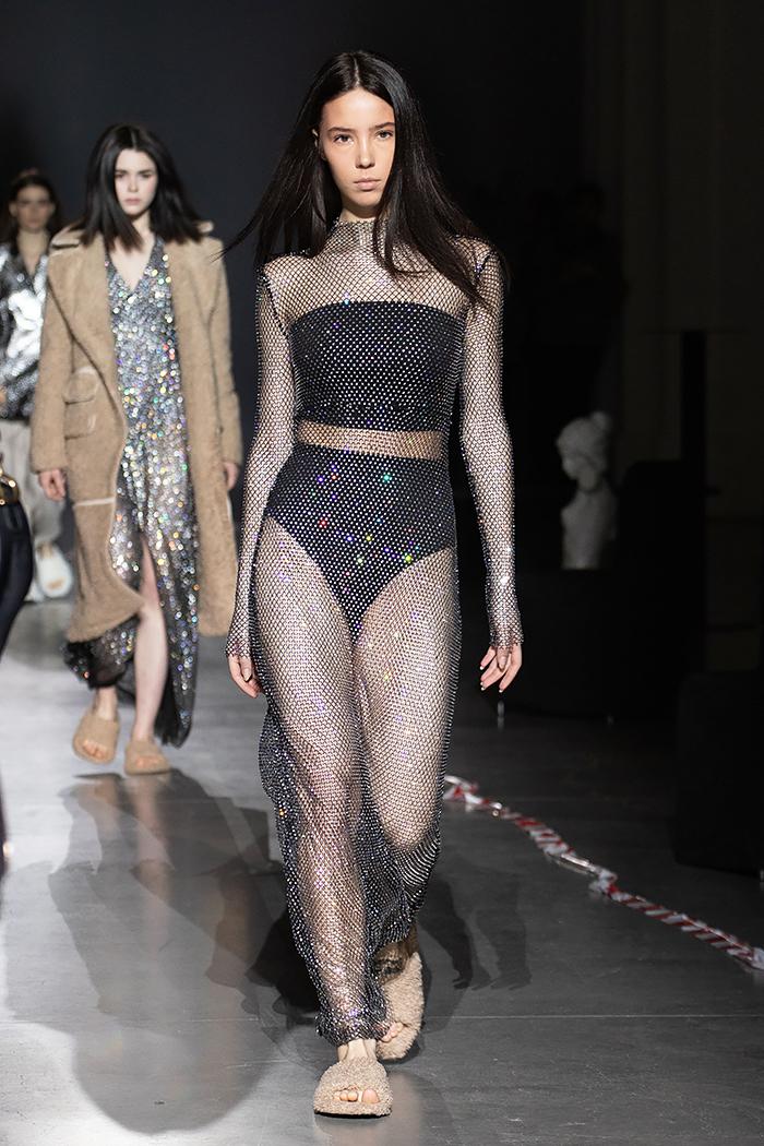 Кортни Кардашьян выбрала для выхода платье от украинского дизайнера-Фото 4