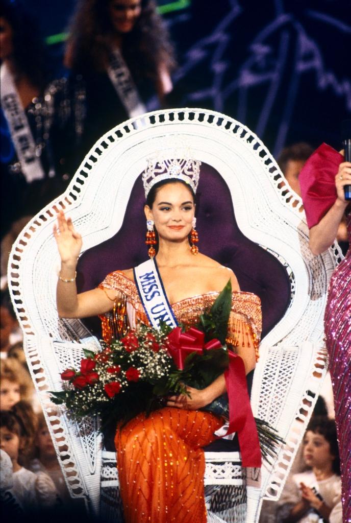 Узнайте, кто стал Мисс Вселенная в год вашего рождения-Фото 14