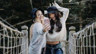 Дружба без границ: Лучшие направления для путешествия с подругой в 2019 году-320x180
