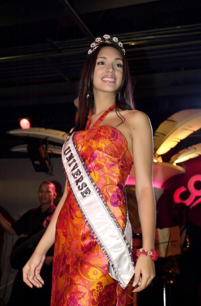Узнайте, кто стал Мисс Вселенная в год вашего рождения-Фото 26