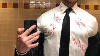 Джеймс Макэвой отдаст рубашку с автографами звезд на благотворительность-320x180
