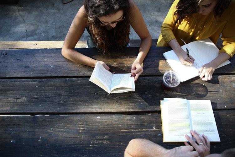 Как стать хорошим собеседником и поддержать любой разговор: 5 советов-Фото 2