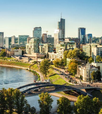 Курс на Европу: 10 самых бюджетных городов для путешествий-430x480