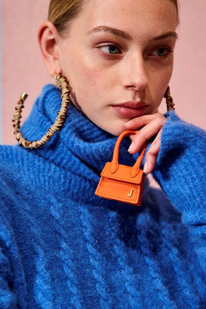 Крошечные сумочки: Новый тренд с Недели высокой моды в Париже-Фото 1