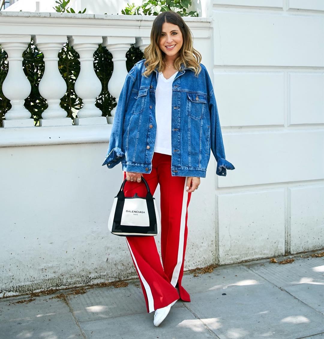 как модно носить джинсовую куртку - фото 9