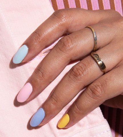 Instagram-тренд: разноцветные ногти-430x480