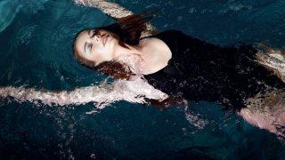 Отдых на воде: трендовый макияж от YSL Beauty-320x180