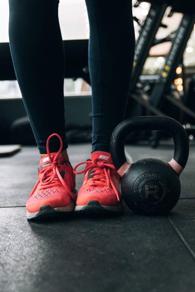 Как выбрать кроссовки для занятий в тренажерном зале-Фото 2