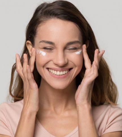 Как ухаживать за кожей в 20, 30, 40, 50 лет-430x480