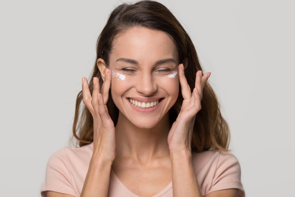 Как ухаживать за кожей в 20, 30, 40, 50 лет-Фото 3