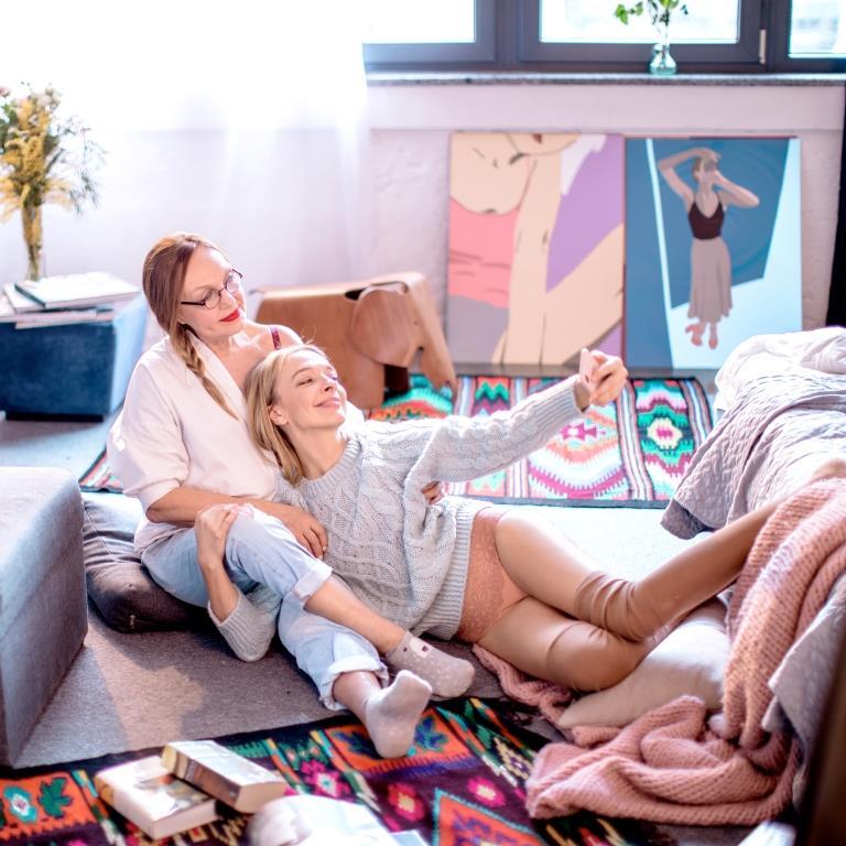 Василиса Фролова и ее мама стали героинями нежной рекламной кампании-Фото 2