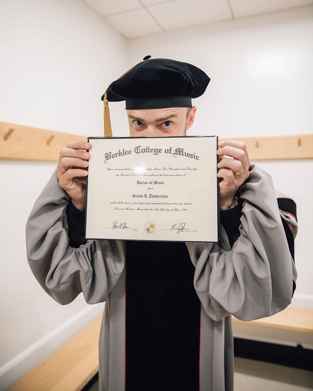Джастин Тимберлейк получил докторскую степень-Фото 1