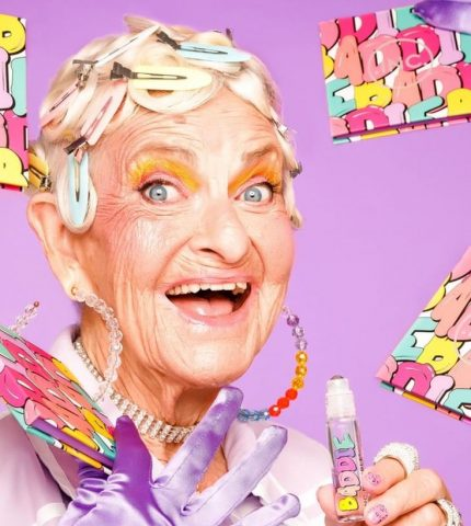 90-летняя блогер Бадди Винкл выпустила коллекцию косметики-430x480