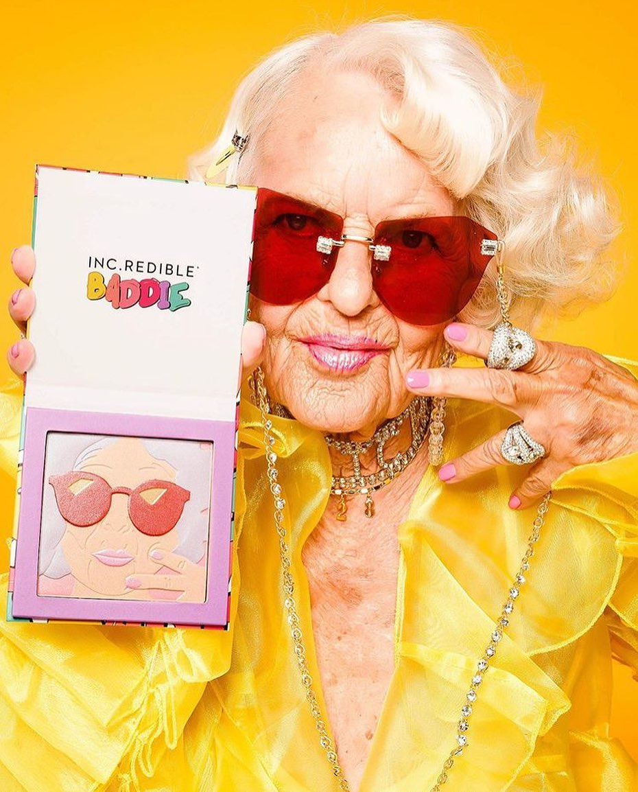 90-летняя блогер Бадди Винкл выпустила коллекцию косметики-Фото 3