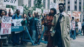 Сериалы и фильмы, которые выходят на Netflix в мае-320x180