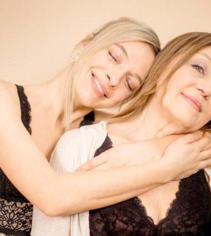 Василиса Фролова и ее мама стали героинями нежной рекламной кампании-430x480