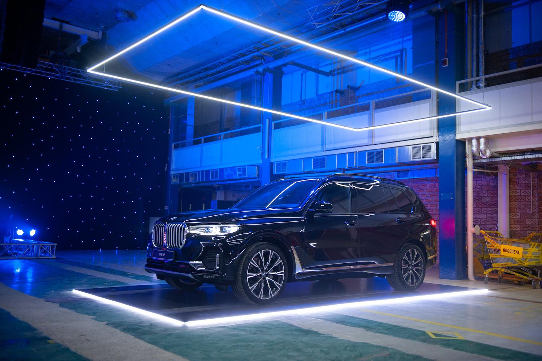 Как прошла презентация люксовых автомобилей BMW в Украине-Фото 3