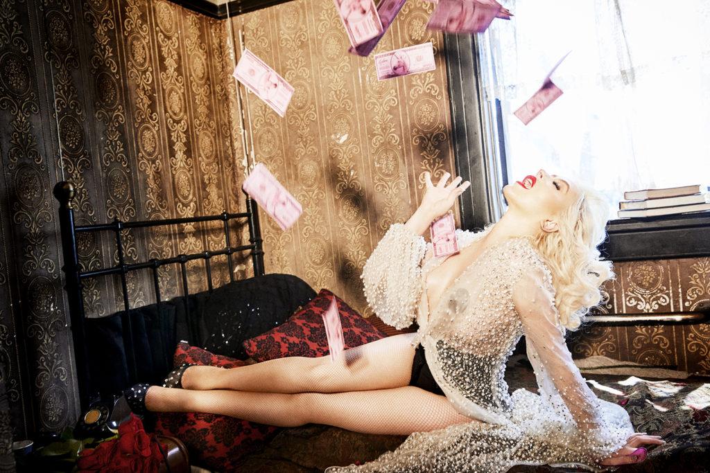 Кристина Агилера снялась в откровенной фотосессии и рассказала о новой работе-Фото 5