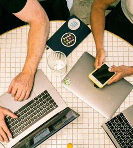 Что стоит помнить при сидячей работе: 6 важных вещей-430x480