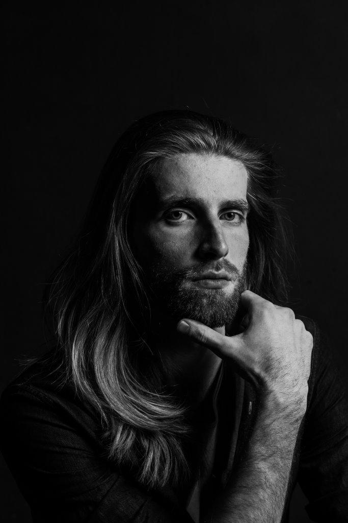 Говорит наука: женщины предпочитают мужчин с бородой-Фото 1