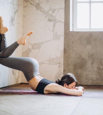 Ютуб-каналы о йоге для начинающих и опытных-430x480
