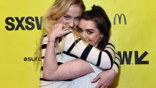 Софи Тернер и Мэйси Уильямс хотят снять фильм о своей дружбе-320x180