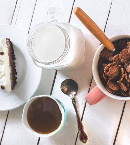 Белки или углеводы: как должен выглядеть правильный завтрак?-430x480
