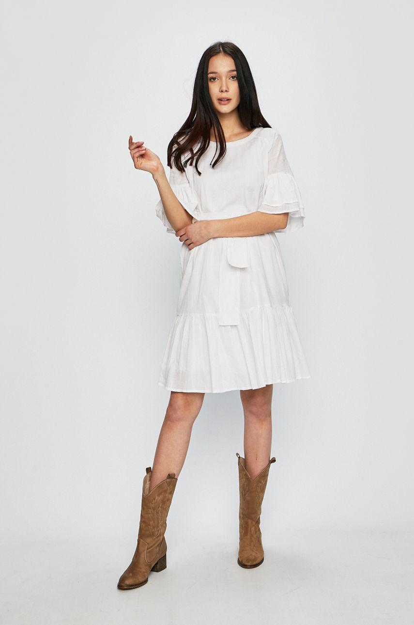 10 белых платьев для жаркой погоды-Фото 6