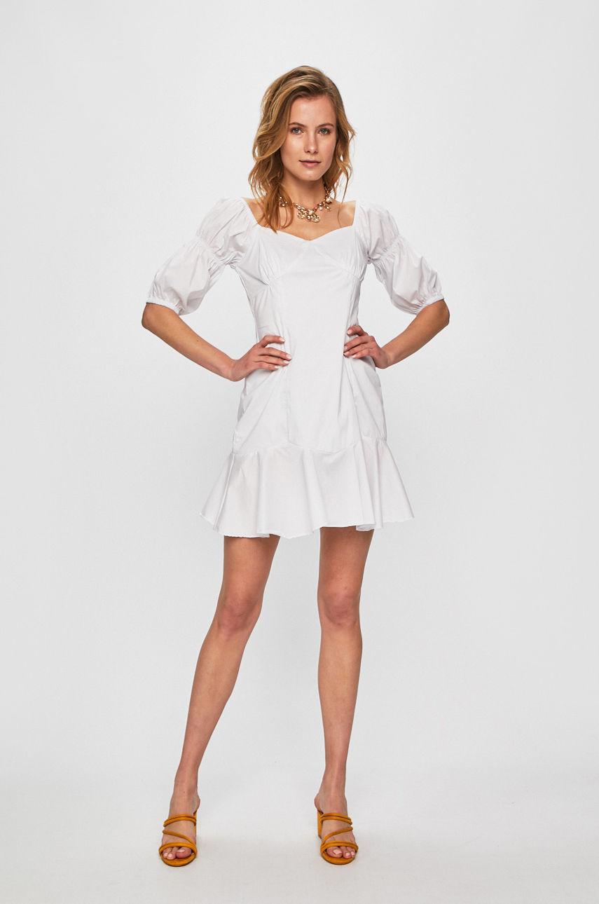 10 белых платьев для жаркой погоды-Фото 8