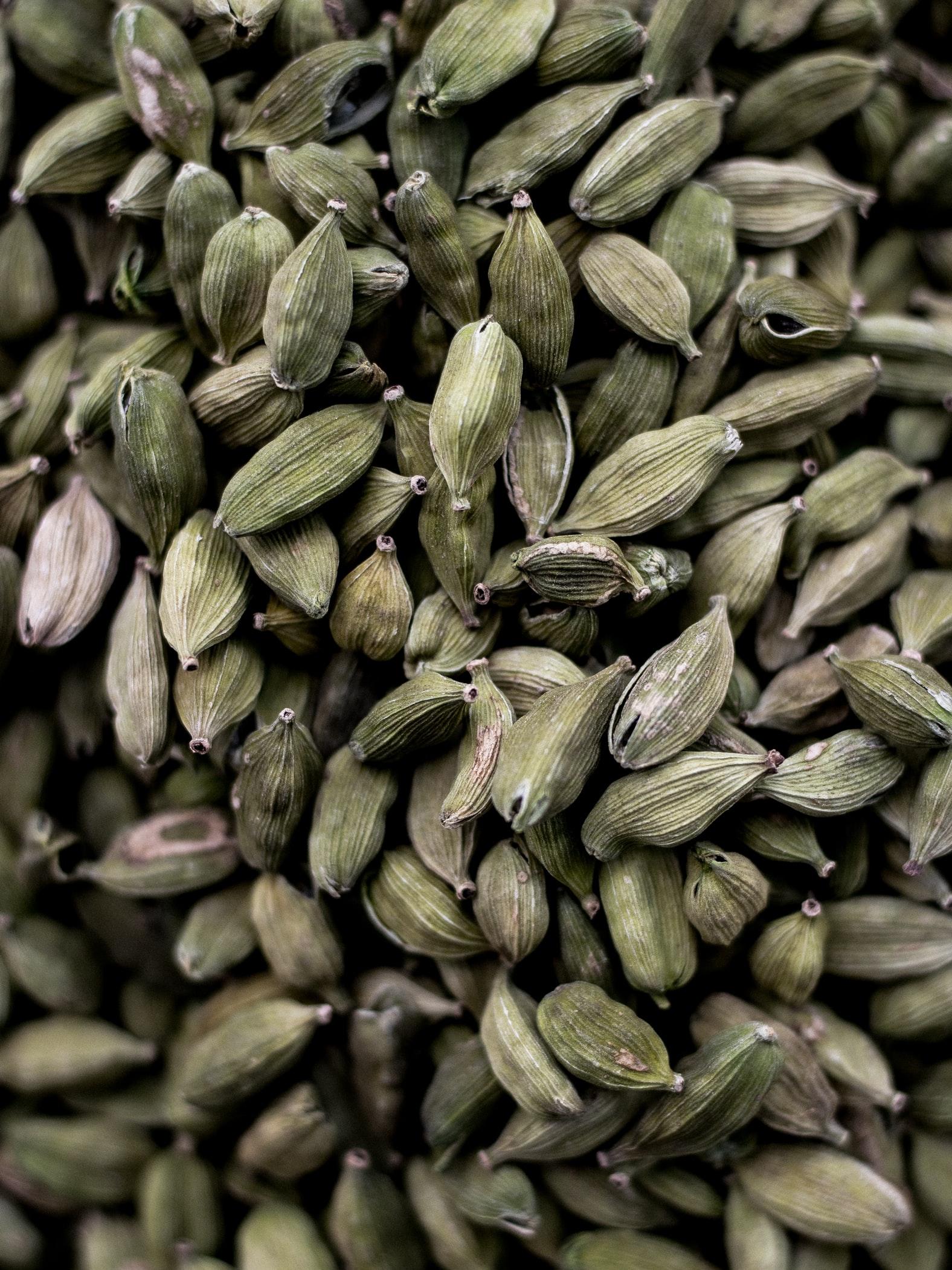Интересные факты про специи — кардамон, шафран и другие-Фото 2