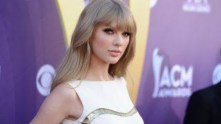 Тейлор Свифт стала самой богатой звездой по версии Forbes-320x180