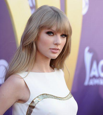 Тейлор Свифт стала самой богатой звездой по версии Forbes-430x480