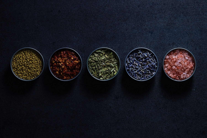 Интересные факты про специи — кардамон, шафран и другие-Фото 1
