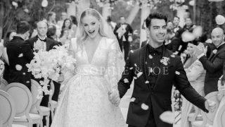 Первые фото свадьбы Джо Джонаса и Софи Тернер-320x180