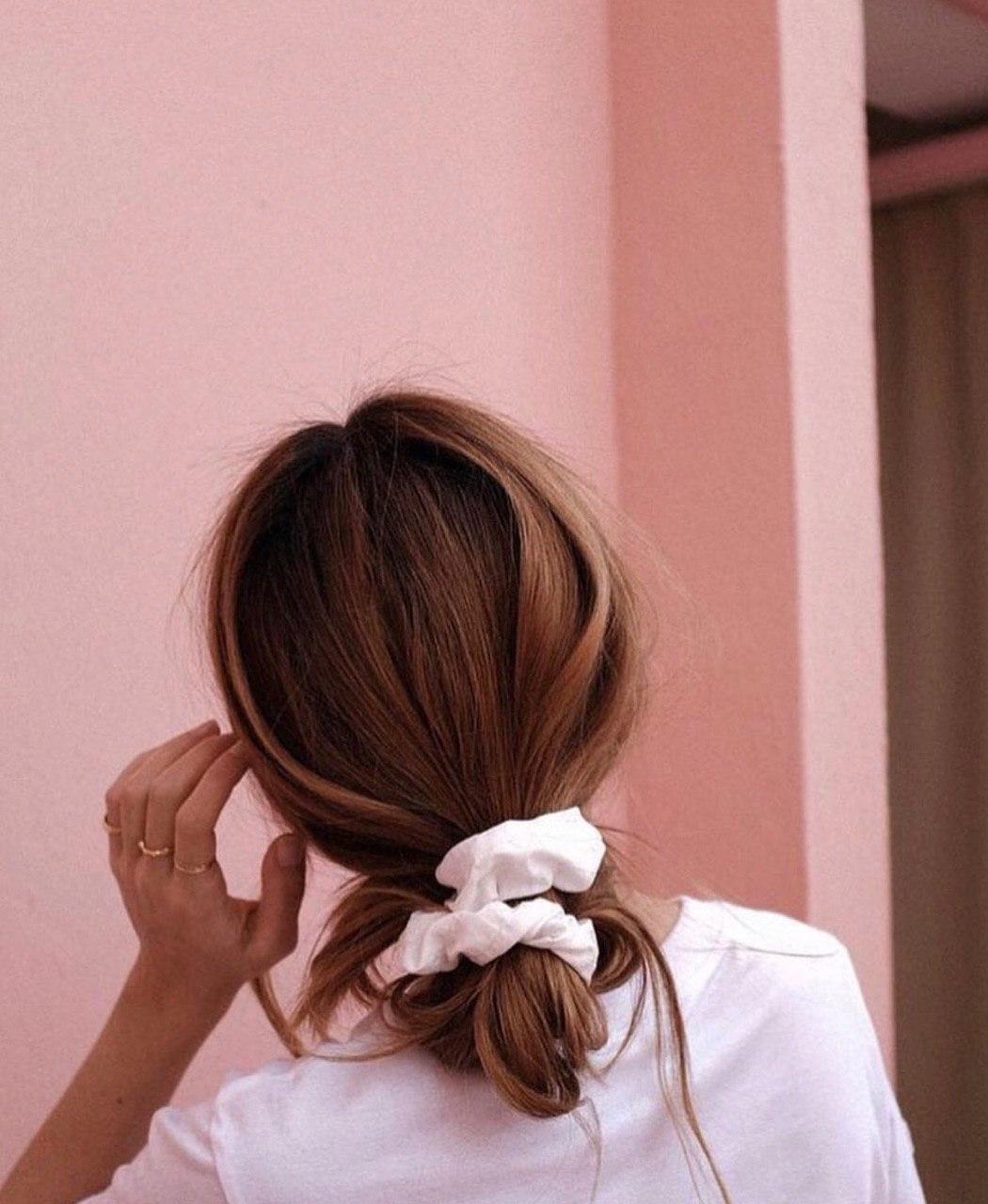 Летнее настроение: уход за волосами и легкие прически на отдых-Фото 5