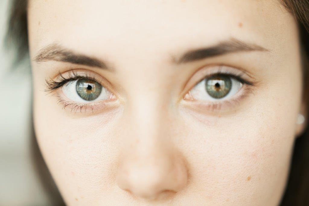 Как правильно выбрать крем для кожи вокруг глаз?-Фото 1