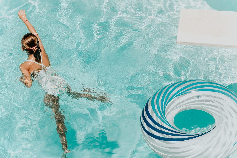 Сколько калорий можно скинуть благодаря плаванию?-Фото 3