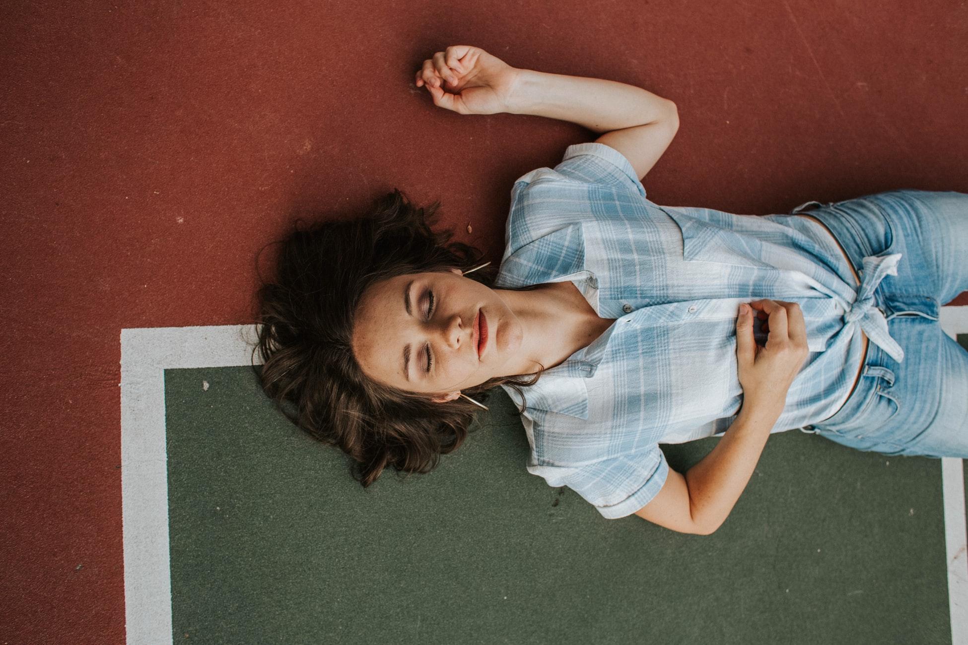 6 признаков, что вам нужно тщательнее следить за ментальным здоровьем-Фото 1