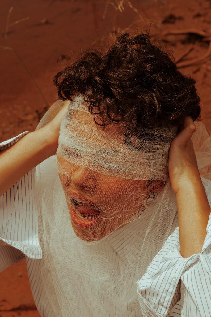 6 признаков, что вам нужно тщательнее следить за ментальным здоровьем-Фото 2