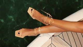 Как носить обувь с квадратным носком-320x180