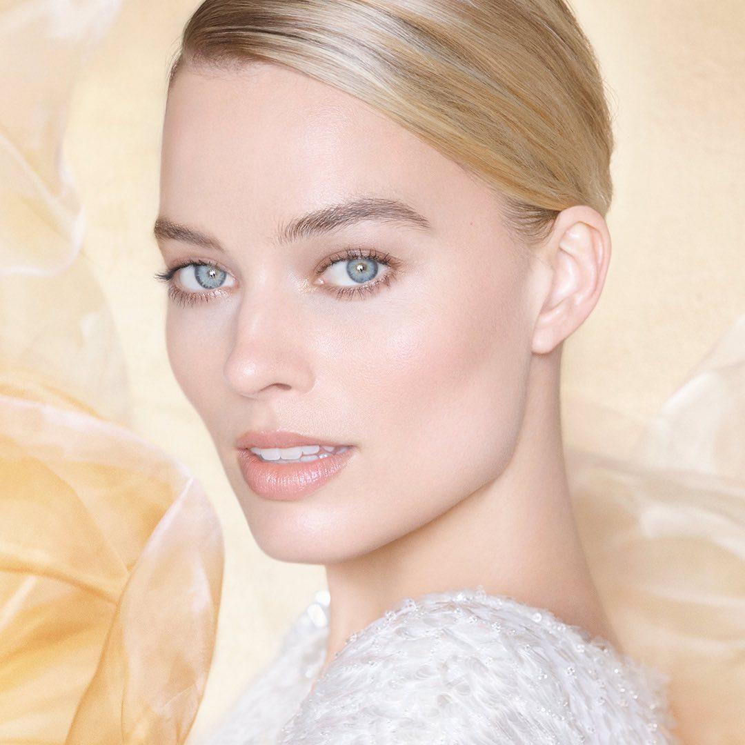 Марго Робби стала лицом нового парфюма Chanel-Фото 1