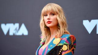 MTV Video Music Awards 2019: лучшие образы с ковровой дорожки-320x180