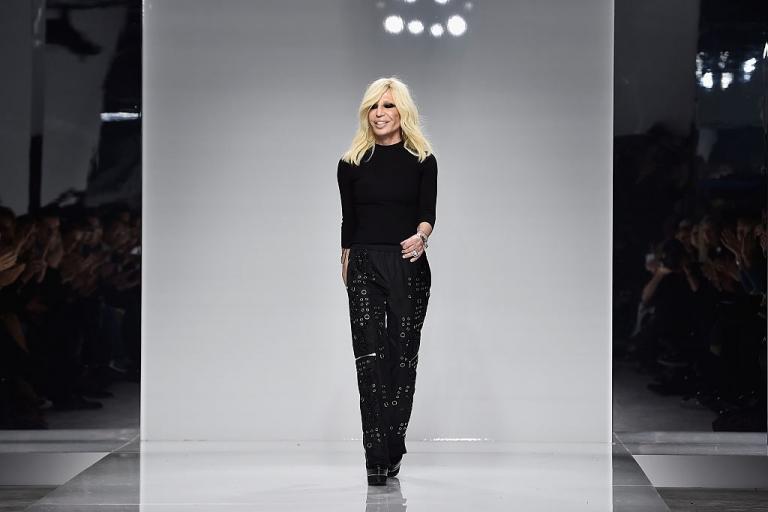 Versace обвинили в посягательстве на суверенитет Китая-Фото 1