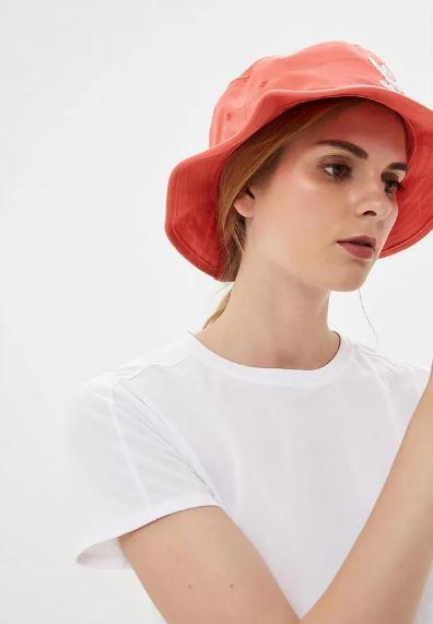 модные головные уборы 2019