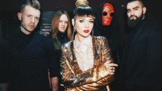 Группа The Hardkiss выпустила клип на песню «Жива»-320x180