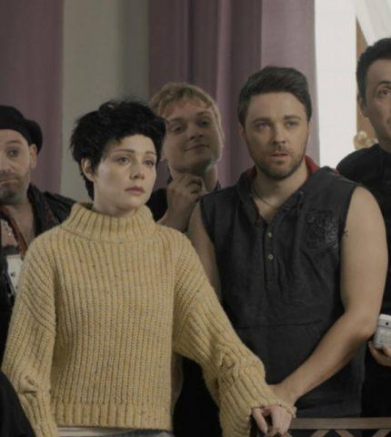 Тина Кароль сыграла главную роль в короткометражном фильме «Бывшие»-430x480